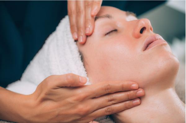 Tratamento Facial - Drenagem Linfática Facial